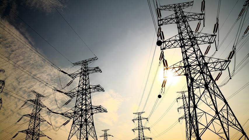 Fallas eléctricas persisten en varios estados del país
