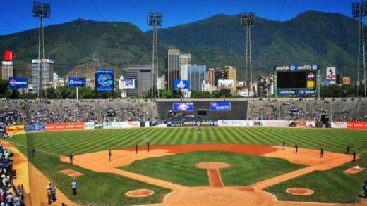 Estadios de béisbol en Venezuela tendrán 40% de aforo