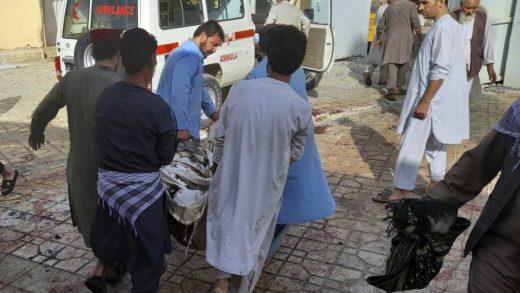 Explosiones en mezquita chiita en Afganistán dejó al menos 32 muertos