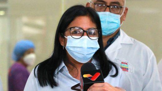 Delcy Rodríguez afirma que quienes no estén vacunados no podrán ingresar a restaurantes