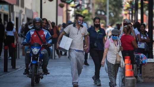 Fallecen 15 personas y se detectan 1.299 casos de covid-19 en Venezuela