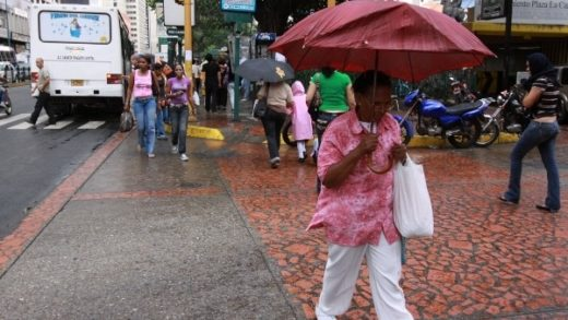 Pronostican lluvias y descargas eléctricas para este #20Oct